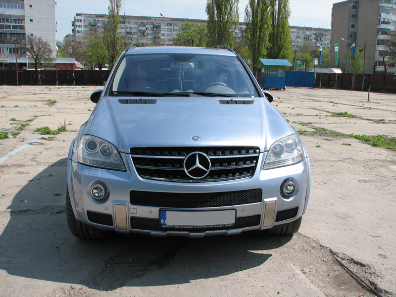 Mercedes-Benz-ML63-AMG-GPL-1